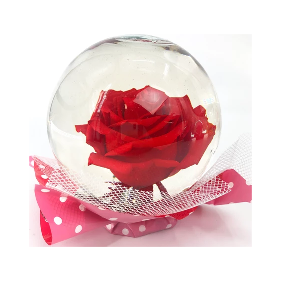 red-rose-globe-by-flowerama